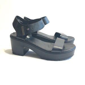 Steve Madden Gizi Platform Sandals